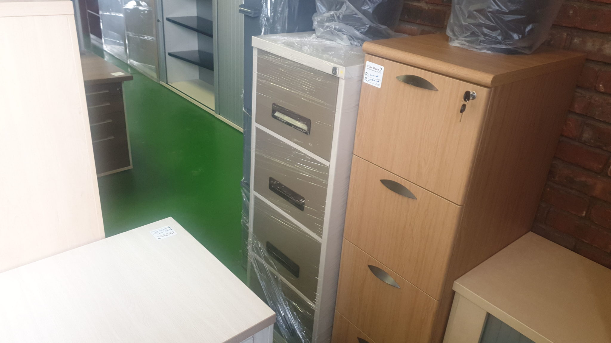 Picture of: Steel 4 Drawer Filing Cabinet New For Sale In Johannesburg Has Been Office Furniture